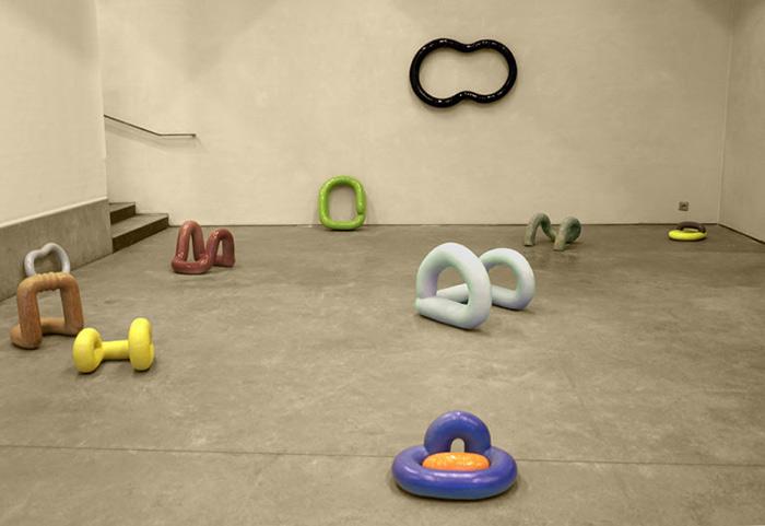 La série Opus s'inscrit dans la continuité des recherches plastiques de Julia Huteau