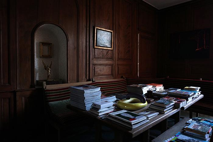 Bibliothèque du Centre d'Art et de Villégiature, le Manoir, Mouthier-haute-pierre (25), 2019.